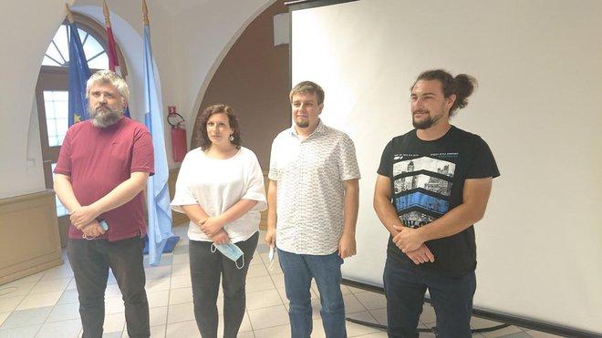 Ilustrator Tomislav Tomić, Tea Lokner, Krešimir Ećimović i Krešimir Vacek/Foto: Grad Pakrac